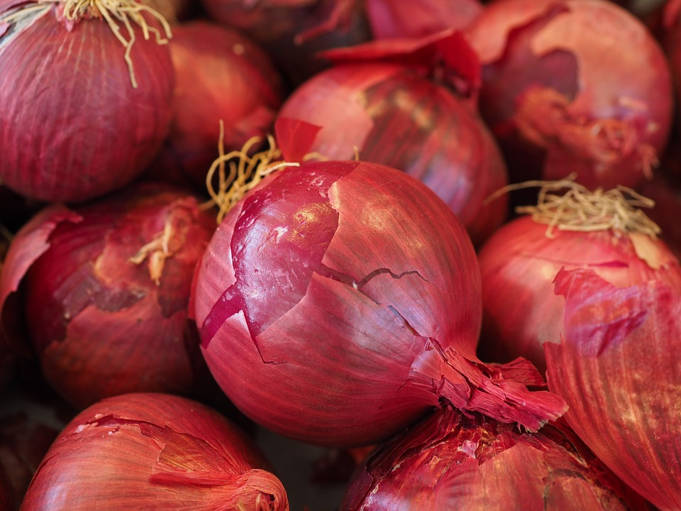 Red-onions-vegetables-499066 960 720